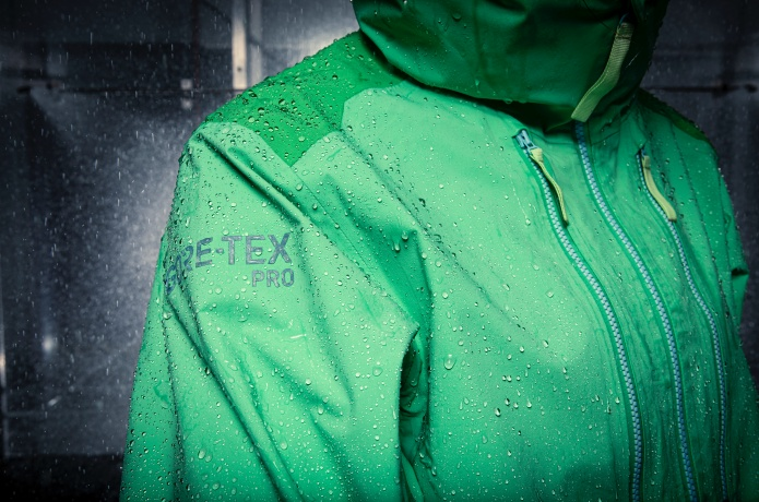 Tamara Lunger testing new GORE-TEX PRO in the lab